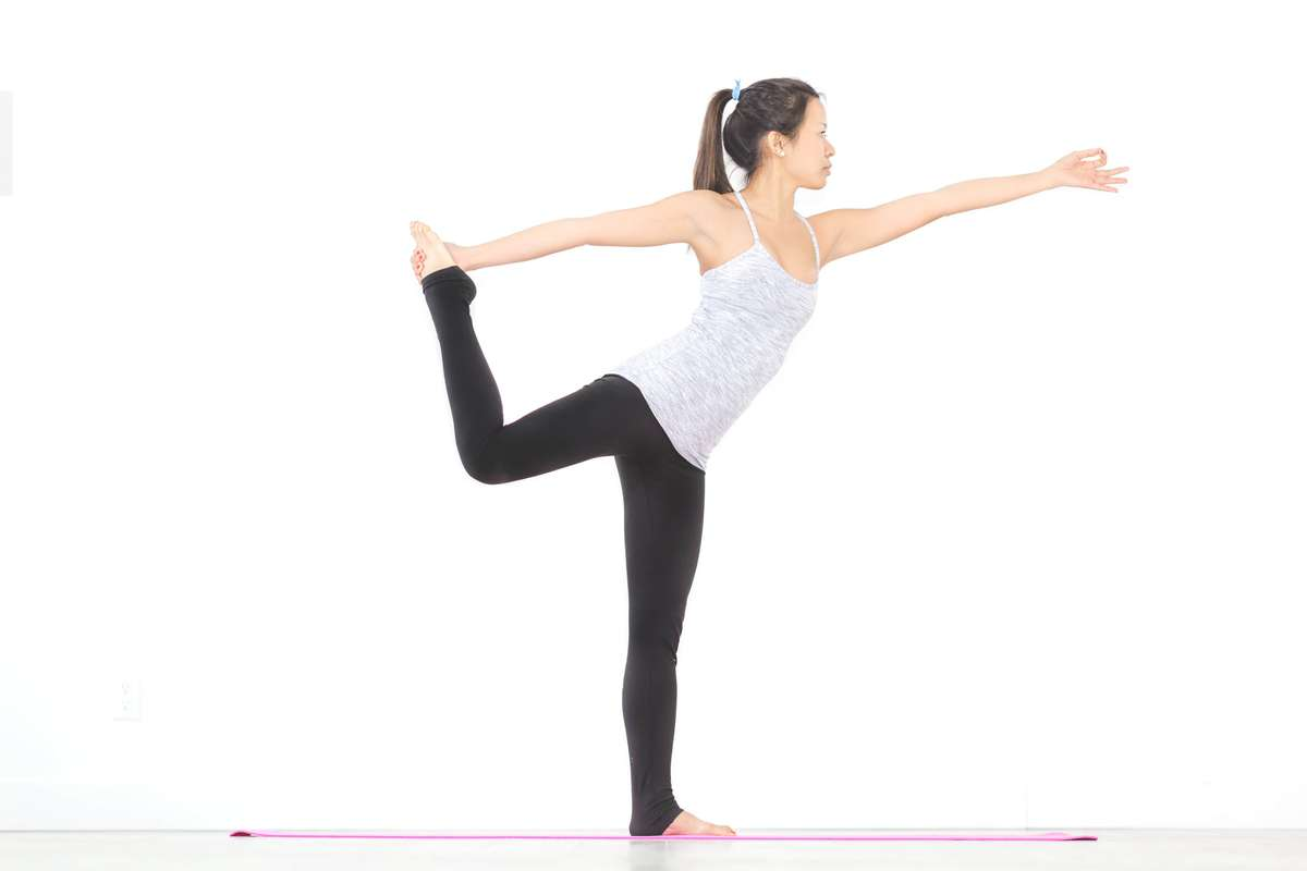 A woman doing the yoga
